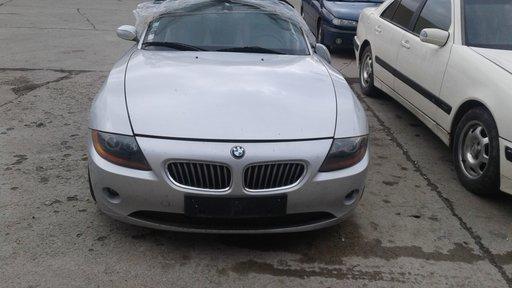 Dezmembrez BMW Z4,AN 2004,2.5 BENZINA