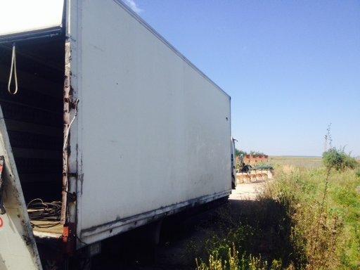 Dezmembrez Camion Man LC220