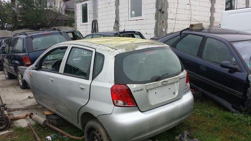 Dezmembrez Chevrolet Kalos 1.4 16v an 2005