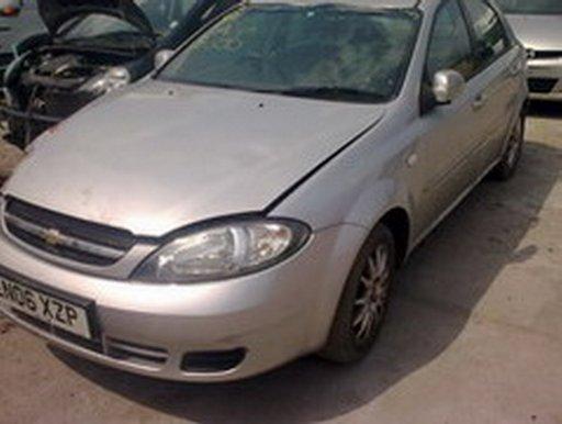 Dezmembrez Chevrolet Lacetti model 2006