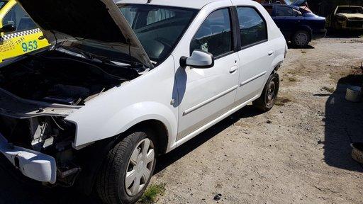 Dezmembrez Dacia Logan 1.5 dci an 2011