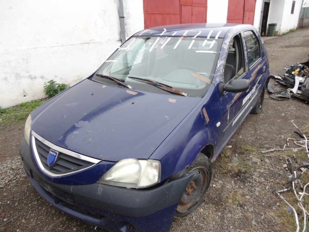 Dezmembrez Dacia Logan 1.6 b 2006