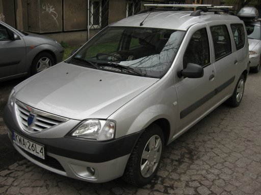 Dezmembrez Dacia Logan MCV 7 Locuri