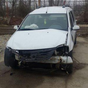 Dezmembrez Dacia Logan MCV DIN 2011
