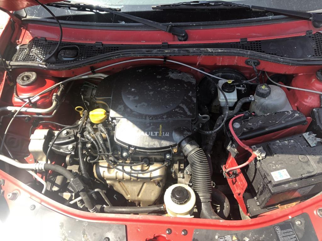 Dezmembrez Dacia Sandero 1.4 benzina