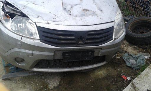 Dezmembrez Dacia Sandero 2006