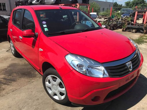 Dezmembrez Dacia Sandero 2010 HATCHBACK 1.2 16V