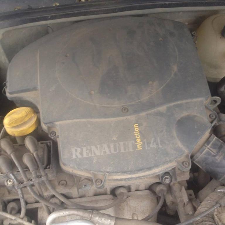 Dezmembrez dacia solenza 1.4 benzina 55kw 2004