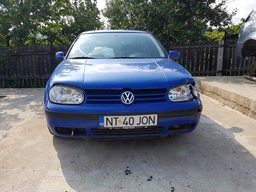 Dezmembrez/dezmembram VW GOLF 4 1.4 16v euro 2 tip