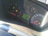 Dezmembrez dezmembrari Ford Transit 33.000km 2.2TDCI P8FA