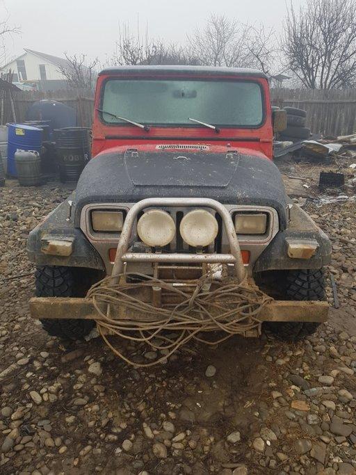 Dezmembrez dezmembrari piese auto Jeep WRANGLER YJ 2.5 benzina 1992
