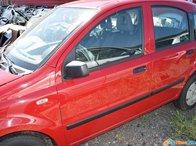 Dezmembrez Fiat Panda 1.1 benzina 2009