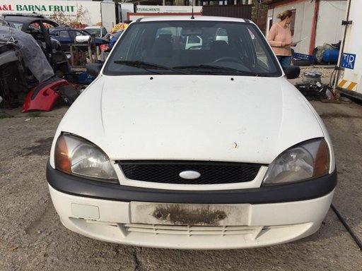 Dezmembrez Ford Fiesta 1.3D DIN 2001