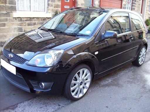 Dezmembrez Ford Fiesta 2007 Automata