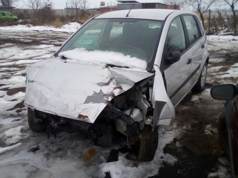 Dezmembrez Ford Fiesta V an 2007 motorizare 1.25 1