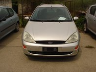 Dezmembrez Ford Focus 1.6i an 2001