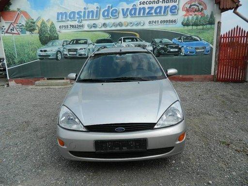 Dezmembrez Ford Focus - 2000