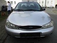Dezmembrez Ford Mondeo 1998 Hatchback 1.8