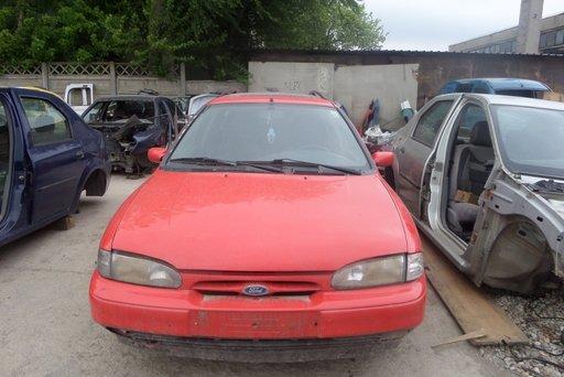 Dezmembrez Ford Mondeo Break din 1997