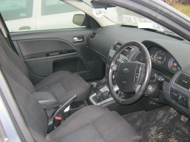 Dezmembrez Ford Mondeo din 2005, 2.0d
