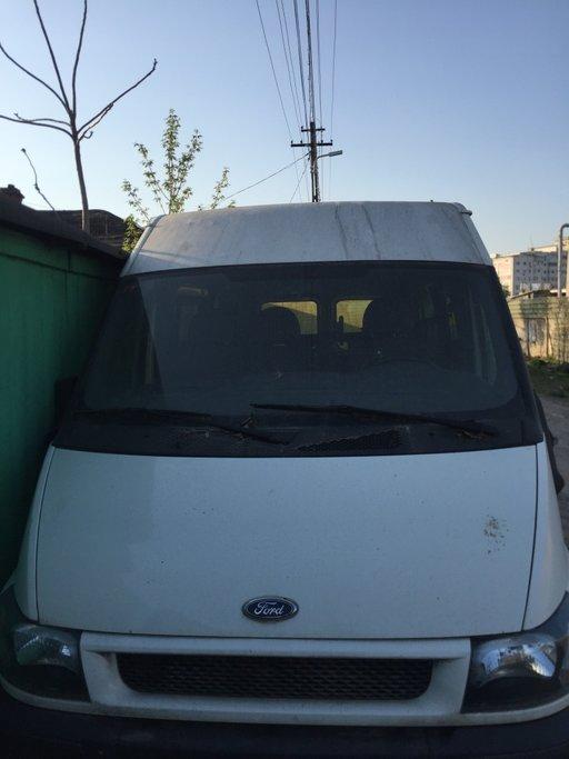 Dezmembrez Ford Transit 2.0 2004