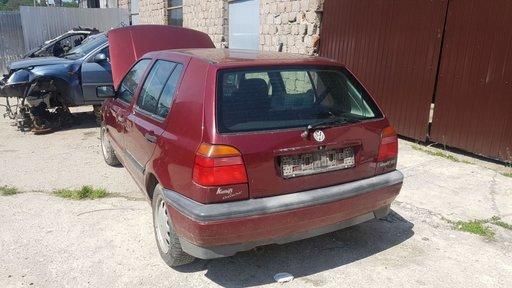 Dezmembrez Golf 3 motor 1.6 AEK an 1996