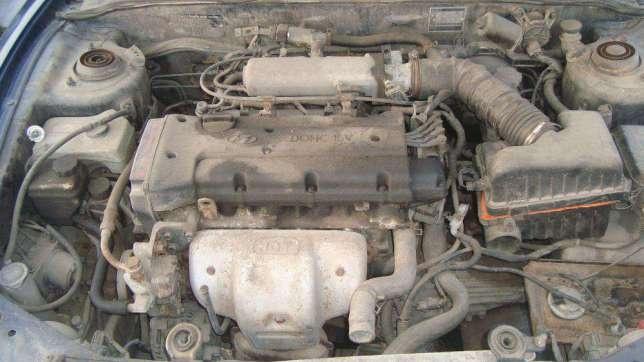 Dezmembrez Hyundai Coupe 1999 1.6 16V 100.000 km