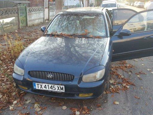 Dezmembrez Hyundai Sonata 2001 Berlina 2.0