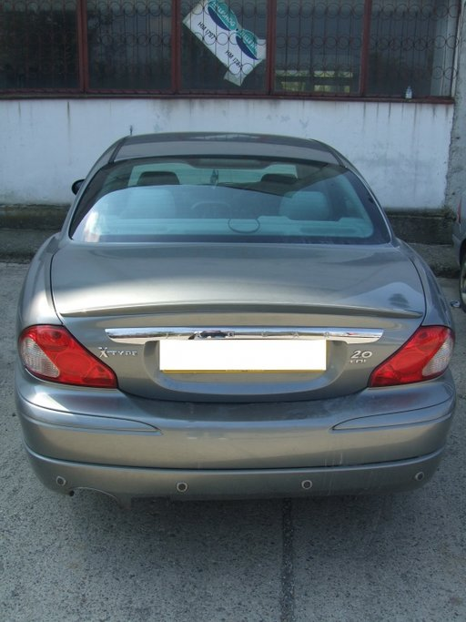 Dezmembrez Jaguar X type, an 2004, 2.0 diesel