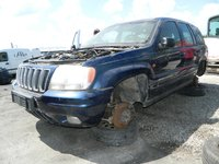 Dezmembrez Jeep Grand Cherokee din 2001