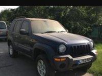 Dezmembrez jeep liberty 2,2 crdi 2002.