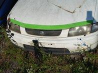 Dezmembrez Mazda 323 1997