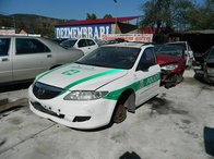 Dezmembrez Mazda 6 break, an 2004, 2000 benzina