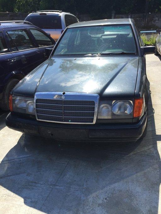 Dezmembrez Mercedes 230 E motorizare 2.2 benzina 97 Kw an 1987