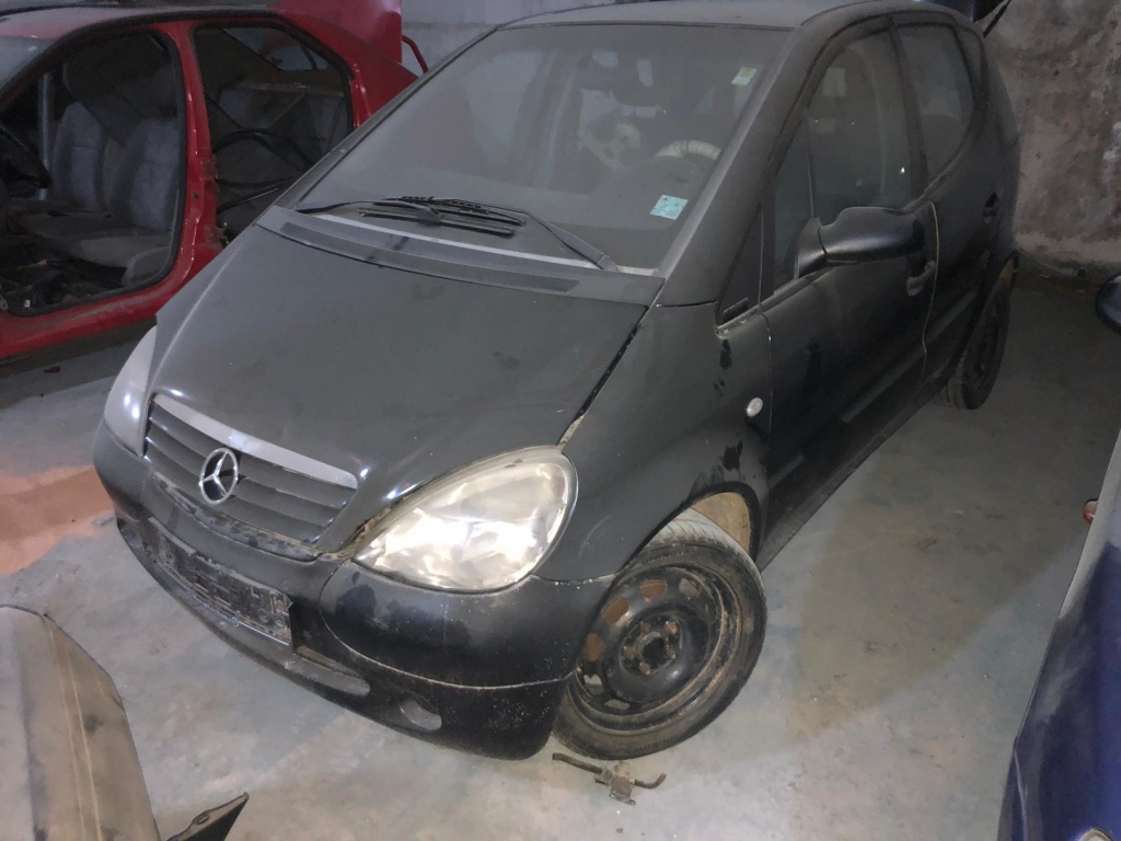 Dezmembrez Mercedes A-CLASS W168 2001 Break 1.7 cdi
