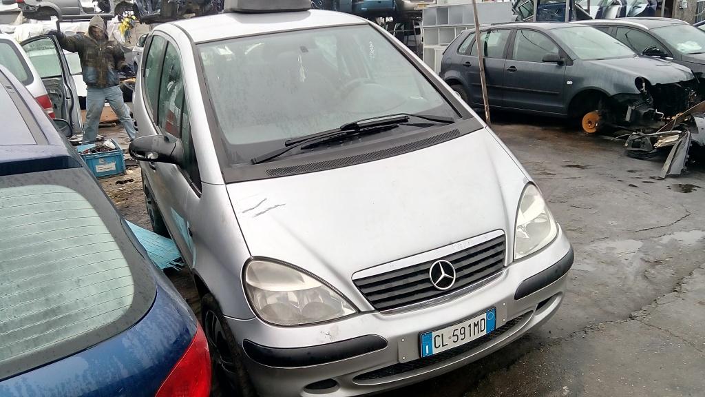 Dezmembrez Mercedes A-CLASS W168 2001 hatchback 1.4