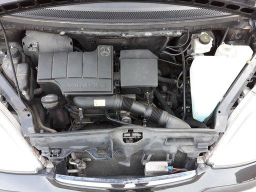 Dezmembrez Mercedes A class w168 negru 2002