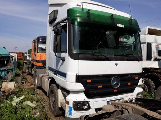 Dezmembrez Mercedes Actros