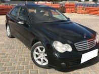 Dezmembrez Mercedes Benz C Class W203 C200 CDI, an fabr. 2006, FL