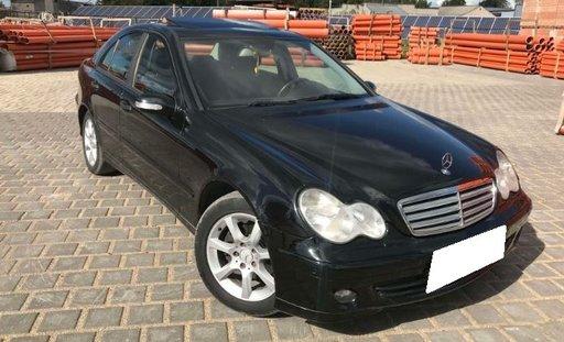 Dezmembrez Mercedes Benz C Class W203 C200 CDI, an