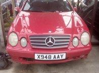 Dezmembrez Mercedes Benz CLK 200