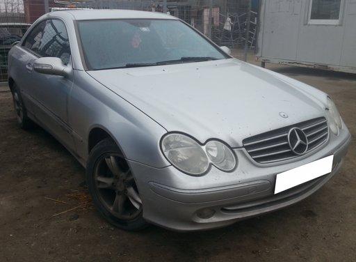 Dezmembrez Mercedes Benz CLK 270 CDI W209 2.7CDi, an fabr. 2004