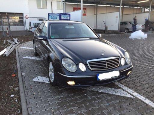 Dezmembrez Mercedes Benz E class W211 Avantgarde 2
