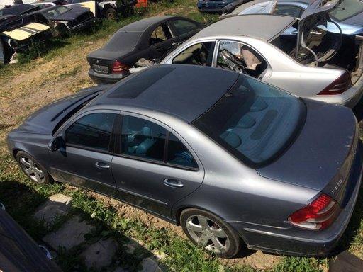 Dezmembrez Mercedes Benz E Classe ECLASS E270 cdi 2005