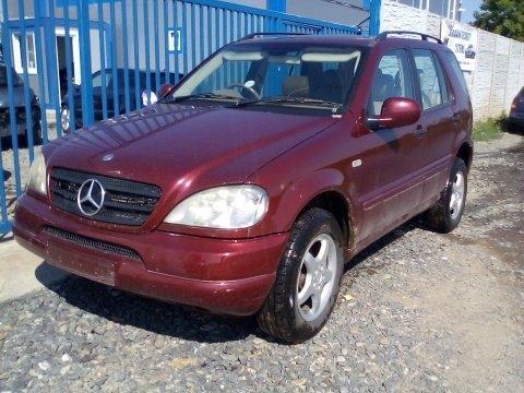 Dezmembrez Mercedes-Benz M-CLASS ,an 2001