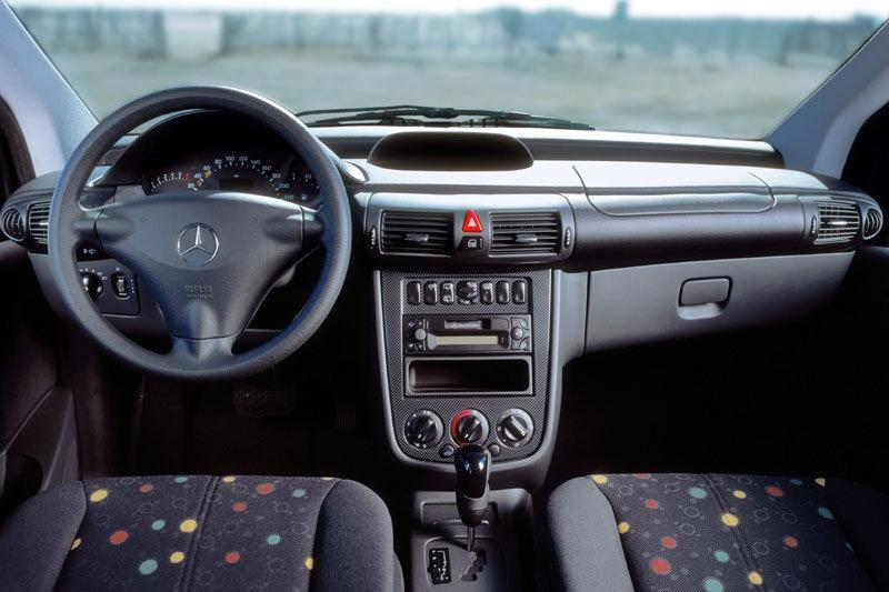 Dezmembrez Mercedes Benz Vaneo 170 CDI