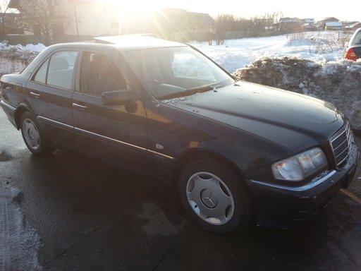 Dezmembrez Mercedes-Benz W202 C180i Facelift An.1999