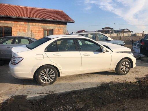 Dezmembrez Mercedes C 220 CDI 204 H0S2M0 125 kw an 2013