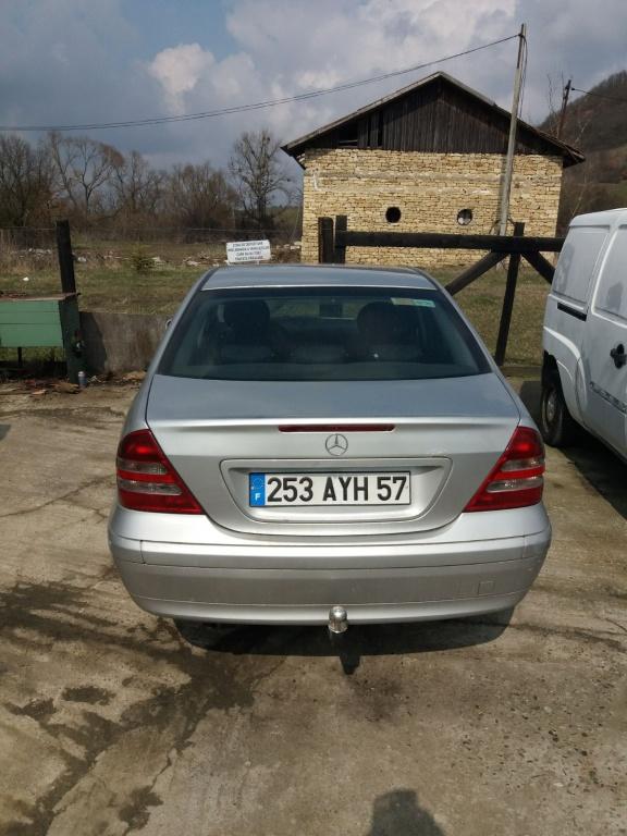 Dezmembrez Mercedes C-Class 2,2 CDI