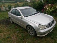 Dezmembrez Mercedes C class 2001 320